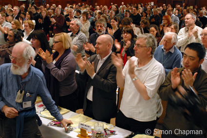 Picture of NUJ delegates applauding a speech by Alan Johnston