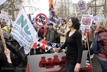 LondonMarch110326-w11
